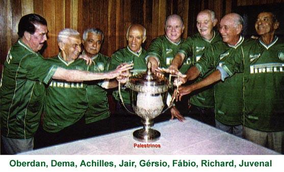 Em 2001, remanescentes da conquista se juntaram para celebrar os 50 anos do título