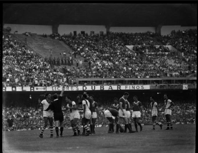 Lance do segundo jogo da semifinal da Copa Rio entre Palmeiras e Vasco