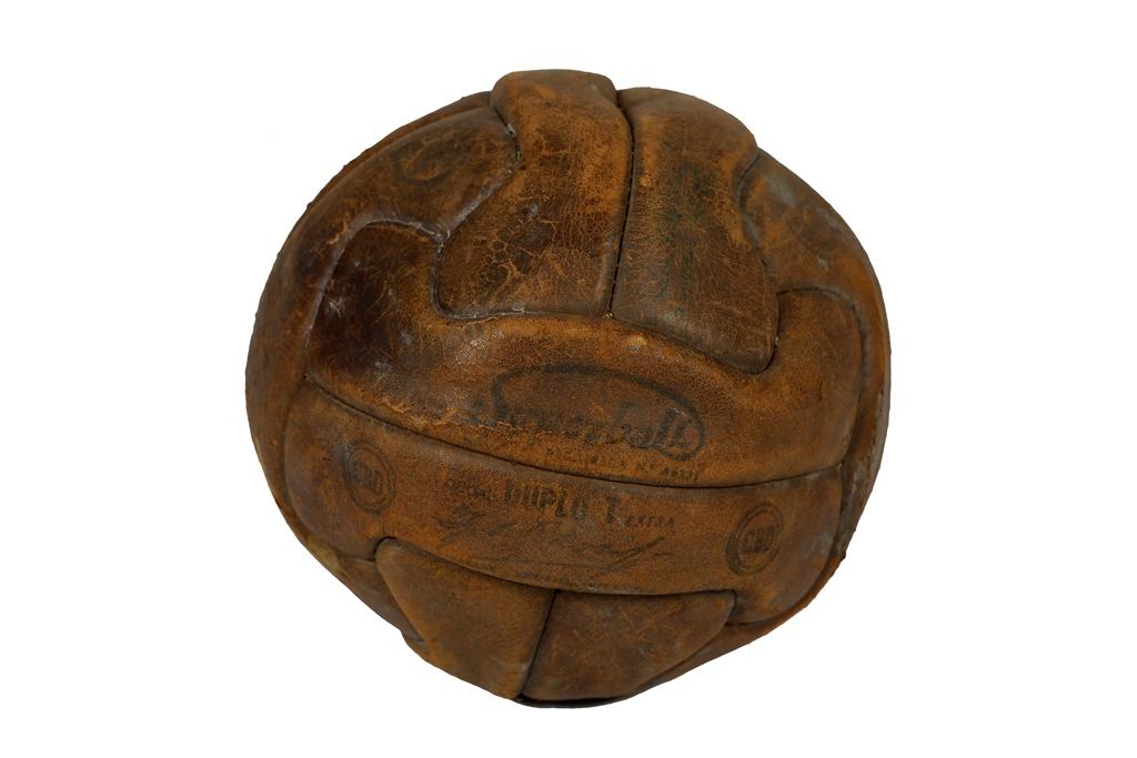 A bola da final da Copa Rio de 1951 foi batizada de 'Superball' e está guardada até hoje