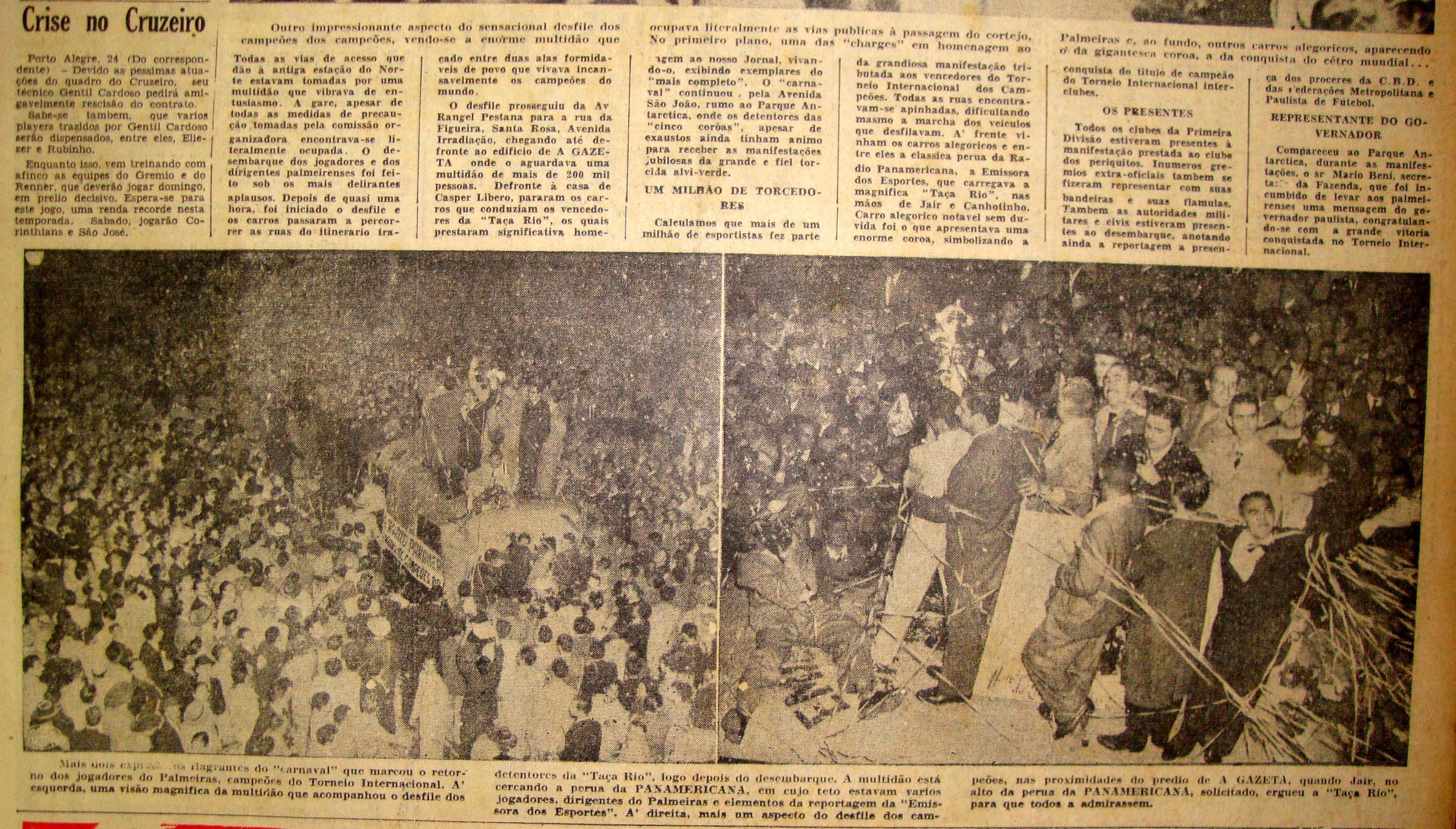 Aproximadamente um milhão de pessoas celebraram com os campeões pelas ruas de SP